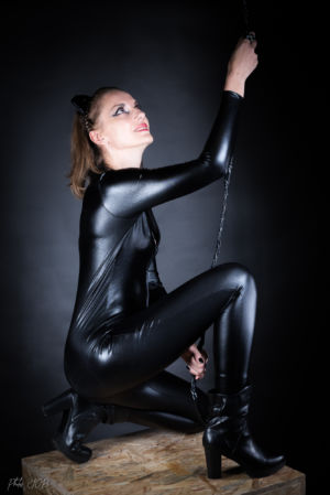 Catwoman-12